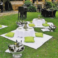Wedding Picnic in Green & White Wedding Picnic, Picnic Style, Fun Events, Whimsical, Table Decorations, Garden, Nature, Instagram, Home Decor