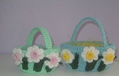 Free Crochet Easter Basket Pattern.
