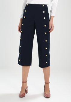 Die 273 besten Bilder von Trousers   Dresses, Fashion beauty und ... b9e15dc4f0