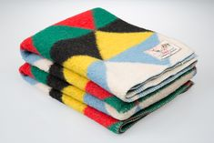 Vintage Dutch Design - AaBe Wool Blankets Exhibition » COVER Magazine: Carpets & Textiles For Modern Interiors