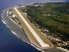 Nauru situado en el corazon de Oceania, esta formado por una sola isla de escaso 21 kilometros cuadrados, también es el menos poblado de los paises independientes de este continente con solo 10.000 habitanes