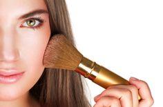Como_maquillarse_para_lucir_mas_delgada  http://creandotuestilo.com/2012/09/12/como-maquillarme-para-lucir-mas-delgada/#
