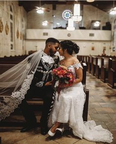 Spanish Style Weddings, Spanish Wedding, Wedding Viel, Vintage Mexican Wedding, Charro Wedding, Mexican Themed Weddings, Wedding Goals, Wedding Ideas, Wedding Pictures