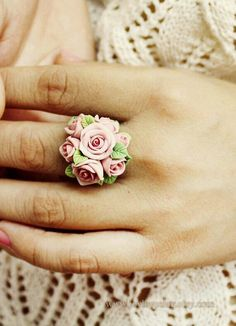 Rose cocktail ring