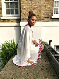 Eki Orleans White kaftan with butterfly trimming