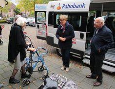 Op 7 oktober is de burgemeester meegeweest als begeleider op de PlusBus. Ze assisteerde bij een Van Gogh-uitje.  Ze haalde deelnemers thuis mee op en bracht samen met hen een bezoek aan de Van Gogh Kerk. Aansluitend bedankte de burgemeester alle sponsoren, serviceclubs en vrijwilligers  voor hun inzet, ze proostten gezamenlijk op het succes sinds 30 januari 2014.