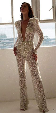 Trend 27 Wedding Pantsuit & Jumpsuit Ideas ♥ We offer to consider wedding pantsuit, which are so original. These pantsuits are ceremonial and feminine. Here are some modern designs to impress you! inspo make up Trend 27 Wedding Pantsuit & Jumpsuit Ideas Evening Dresses, Prom Dresses, Formal Dresses, Wedding Dresses, Wedding Outfits, Outfits For Weddings, Engagement Party Dresses, Couture Wedding Gowns, Wedding Dress Shopping