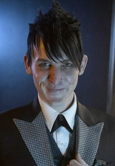 """Gotham's Robin Lord Taylor lets us in on his secret to nailing the """"creepy"""" persona, just in time for Halloween"""