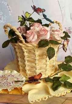 Basket of Pink Roses Cake Art.
