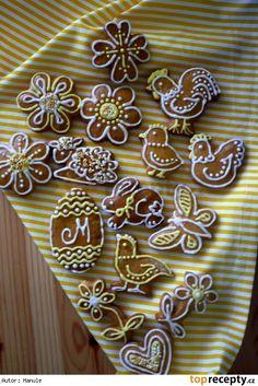 velikonoční perníčky zdobení - Hledat Googlem Fancy Cookies, Cake Cookies, Sugar Cookies, Cupcakes, Cookie Decorating, Gingerbread Cookies, Easter, Desserts, Food