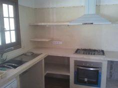 Esta vez nuestro trabajo consistióen reformar la cocina de una vivienda unifamiliar.           Se quería mantener el estilo...