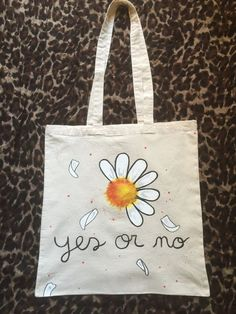 pretty daisy yes or no design hand painted tote by myladiesandme - Diy Tote Bag, Tote Bags Handmade, Painted Bags, Hand Painted, Embroidery Bags, Jute Bags, Fabric Bags, Cloth Bags, Fabric Painting