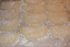 Branzoaice cu branza preparare Cake Recipes, Snack Recipes, Cooking Recipes, Snacks, Food Cakes, House, Romanian Recipes, Finger Food Recipes, Essen