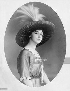 Karsavina, Tamara Platonovna - Dancer, Ballet, 1912