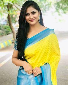 Beautiful Girl Indian, Most Beautiful Indian Actress, Beautiful Saree, Beautiful Models, Gorgeous Women, New Saree Designs, Luxury Girl, India Beauty, Girl Model