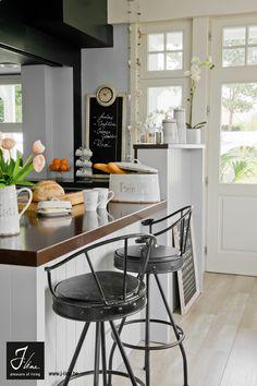 Kitchen Café by J-line