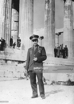 YURI GAGARIN Soviet cosmonaut and the first human in space. At the Acropolis during a visit to Athens, Greece, Greece Pictures, Old Pictures, Old Photos, Greece Photography, Greek History, First Humans, Yuri, Nose Art, Athens Greece
