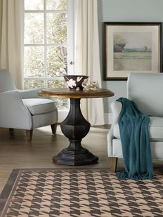Hooker Furniture Living Room Sanctuary Round Accent Table 5402-50001