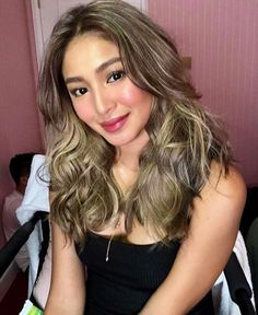 Which Of These Hairstyles Looks Best on Nadine Lustre? Hair Color For Asian Skin, Hair Color For Tan Skin Tone, Hair Color For Morena Skin, Girl Hair Colors, Asian Short Hair, Asian Hair, Gorgeous Hair Color, Cool Hair Color, Colored Hair Tips