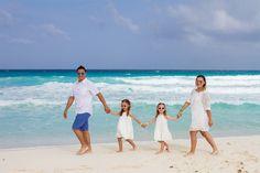 Family Portraits. Photo Shootings. Cancún. Playa del Carmen. Riviera Maya.