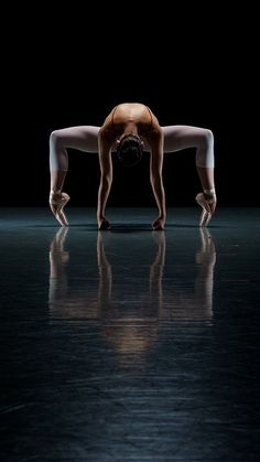 Cool image...Dance is such a beautiful art.