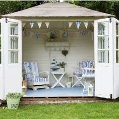 Do you have an extra room in your garden. What are the benefits of a garden room? - http://gardeningtipsnow.com/do-you-have-an-extra-room-in-your-garden-what-are-the-benefits-of-a-garden-room/