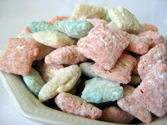 In the Long kitchen: Springtime Bunny Bites (Jello-Chex Mix) im so gonna make these!