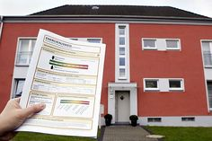 Sparsam mieten oder kaufen.Energieausweis hilft beim Immobilienvergleich.