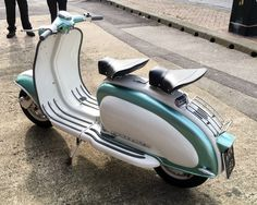Lambretta Scooter, Vespa Scooters, Motor Scooters, Cars And Motorcycles, Greece, Wheels, Icons, Classy, Money