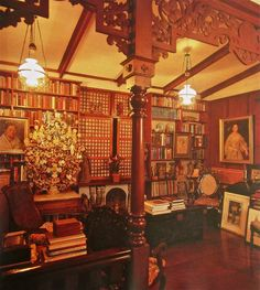 Filipino Ambiance in Jaime Laya's house Filipino Architecture, Philippine Architecture, Architecture Old, Filipino Interior Design, Filipino House, Old House Design, Lanscape Design, Architecture Concept Drawings, House Rooms