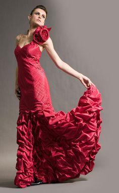 أجمل فساتين للسهرة باللون الأحمر