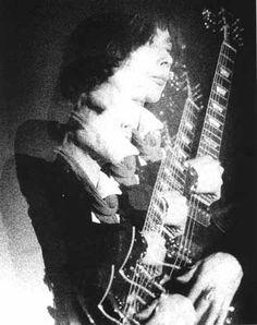 Takashi Mizutani of Les Rallizes Dénudés (1963) The actual inventor of Noise Rock.