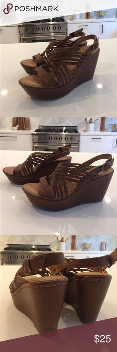 Born Handcrafted Footwear Wedge Worn Several Times. Super Cute & Comfortable. Leather Upper & Lining. Awesome Shoes :) Born Shoes Wedges