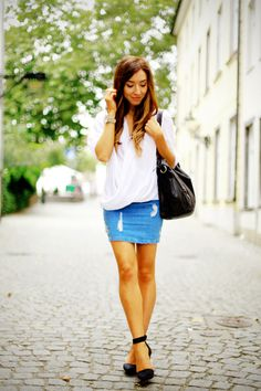denim skirt   http://www.flirting-with-fashion.blogspot.com