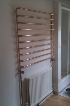 Copper Diy, Heating And Plumbing, Heated Towel Rail, Upstairs Bathrooms, Pipe Furniture, Bathroom Shelves, Home Projects, Diy Home Decor, Home Improvement