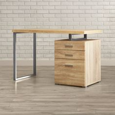 Are you struggling in finding ideas to build your own computer desk? You're in luck because we have compiled 21 DIY computer desk ideas for you! Office Furniture Design, Home Office Design, Cool Furniture, Contemporary Desk, Modern Desk, Computer Desk Design, Minimalist Computer Desk, Computer Armoire, Desk Ideas
