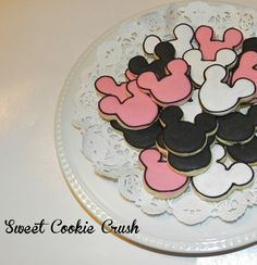Minnie and Mickey Mouse Cookies 2 dozen by SweetCookieCrush