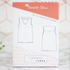 Patron couture du top Confiance de Mouna Sew.  1 patron = 1 video pas à pas sur Youtube ! Elsa, Couture Tops, Bags, Blouses, Ideas, Style, Fashion, Clothing Patterns, Self Confidence