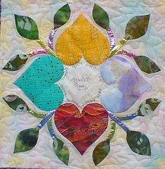 Scarlett Rose's block for The Heart Circle Quilter's Retreat block exchange in Mug Rug Patterns, Quilt Block Patterns, Applique Patterns, Applique Quilts, Pattern Blocks, Quilt Blocks, Heart Quilt Pattern, Patch Aplique, Flower Quilts
