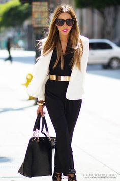 I actually rocked this outfit.(jumper with white blazer ) All i was missing was the gold belt. NEED that to be golden!!