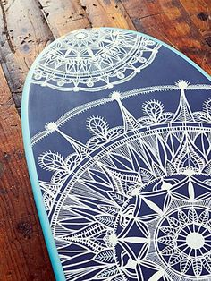 Custom Painted Surf Board in #mint and #navy http://rstyle.me/n/i63u9nyg6