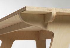 Małgorzata Żółkiewska Portfolio - Mono Plywood Desk