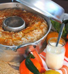 Ciambellone agli agrumi con yogurt e mandorle