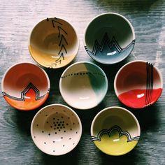 Little Bowl Mix And Match Etsy & little bowl mix and match als favoriten markiert haben & & ceramic pottery Display, ceramic pottery Tiles, ceramic pottery Drawing Pottery Bowls, Ceramic Bowls, Ceramic Pottery, Pottery Art, Painted Pottery, Pottery Ideas, Pottery Painting Designs, Paint Designs, Ceramic Painting