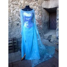 Elsa Frozen costume cosplay ice queen ($590) ❤ liked on Polyvore featuring costumes, disney, blue halloween costumes, queen costume, cosplay halloween costumes and blue costumes