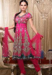 Indian Fashion (Salwaar Kameez)