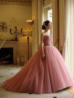 Cinderella & Co.  (シンデレラ・アンド・コー)  シックなグレイッシュピンクのバレリーナカラードレス☆大人の愛らしいカラードレス