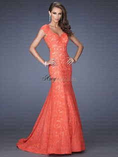 Shop prom dresses and long gowns for prom at Simply Dresses. Floor-length evening dresses, prom gowns, short prom dresses, and long formal dresses for prom. Mermaid Evening Dresses, Evening Gowns, Evening Party, Pageant Dresses, Homecoming Dresses, Long Dresses, Dress Prom, Dresses 2014, Prom Gowns