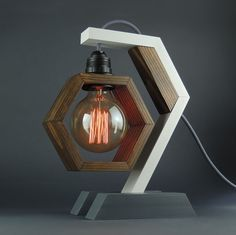 Retro modern hexagonal lamp - Upcycled Craft etc. - Retro modern desk lamp, maded of wood with dimmer switch and textile retro cable - Wooden Table Lamps, Lamp Table, Awesome Woodworking Ideas, Modern Desk, Modern Retro, Modern Lamps, Woodworking Furniture, Woodworking Bench, Woodworking Crafts