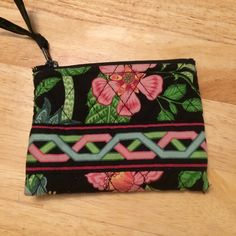 Vera Bradley small purse Pretty, Vera Bradley, small purse with zipper. I used this to keep a small mirror and lipstick together in my purse. It is used, but still in good condition. Vera Bradley Bags Mini Bags